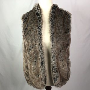 NWT Sebby Vest Sweater Faux Fur Open Front Size S